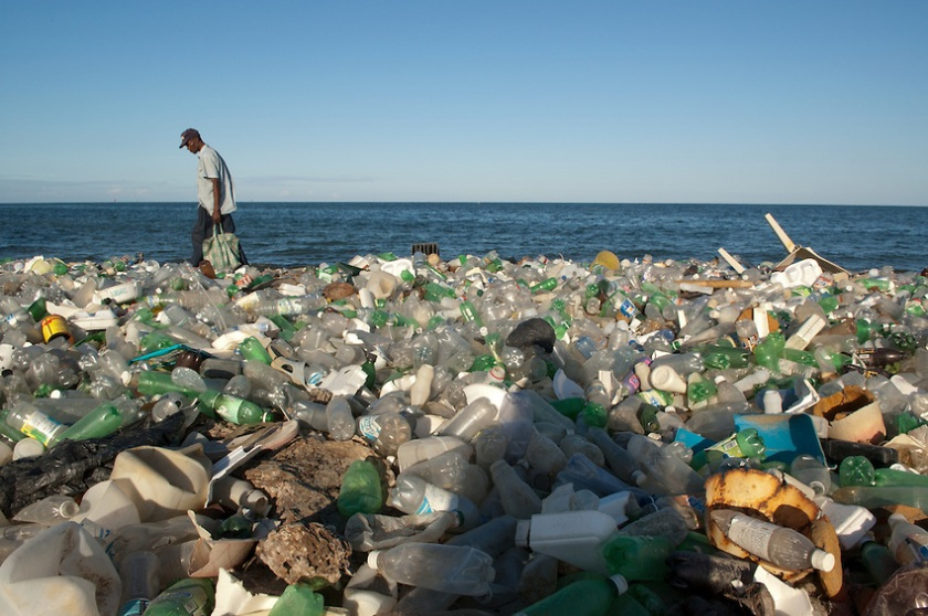 Beach-polluted-with-plastic-bottles-Cap-Haitian-Haiti